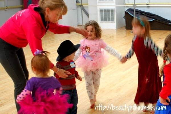 Sofia the First Dance Party