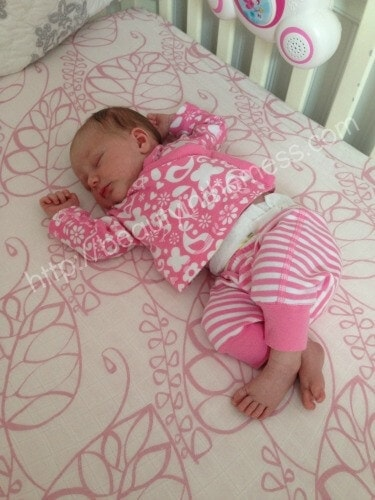 how to get my baby to nap in her crib