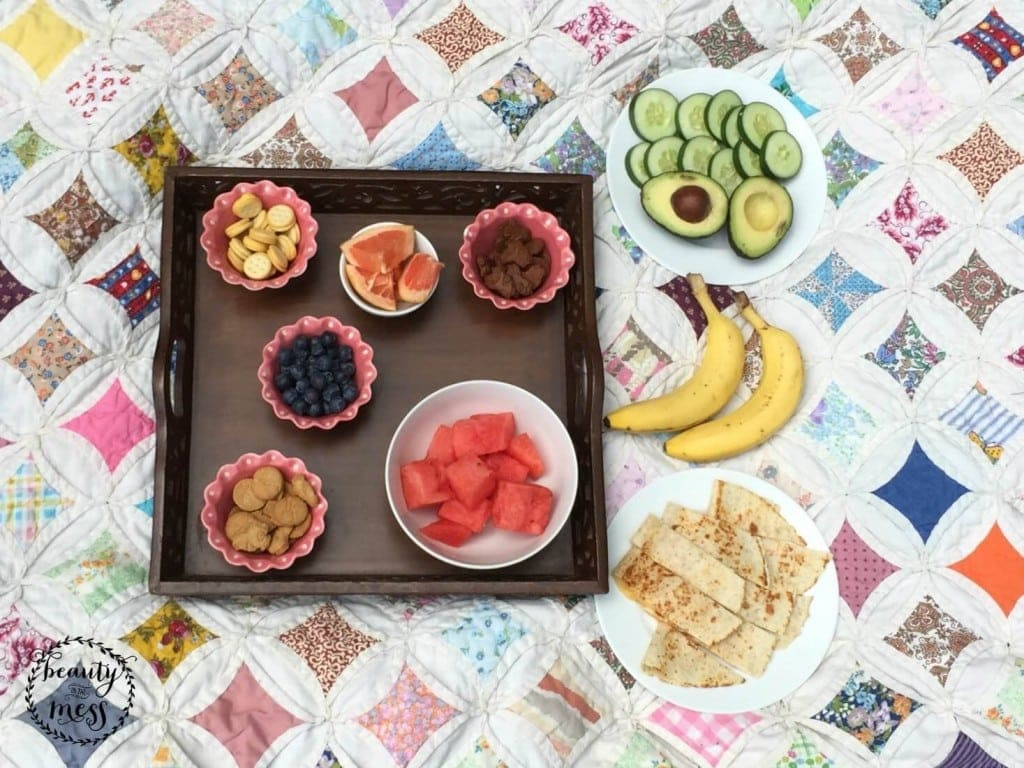 10 Picnic Perfect Foods
