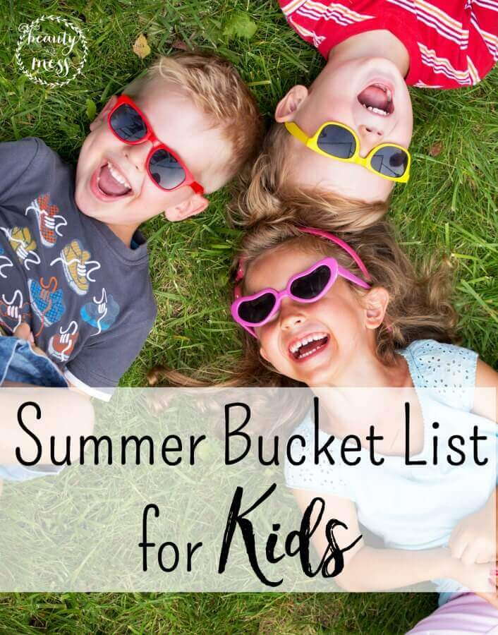 Don't let this Summer pass you by. Again. Memories aren't always about going places or spending lots of money. Try these simple activities to make memories with your family this Summer. Use the free printable to help you make your lists! via @simplifyingfamily