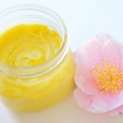 5 Amazing Lotions With Essential Oils