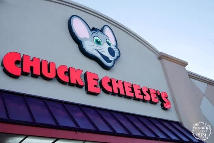 Outdoor signage of Chuck E. Cheese's
