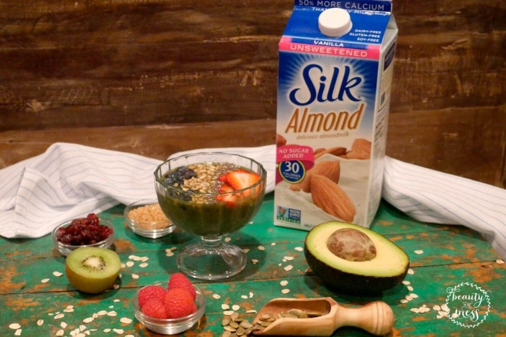 Unsweetened Silk Almond delicious almondmilk smoothie bowl-2