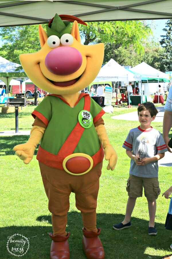 Nature Cat Get Outdoors Day