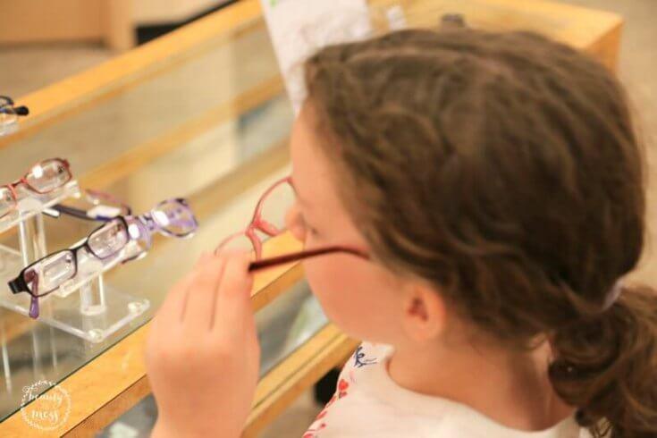 jcp-optical-choosing-glasses