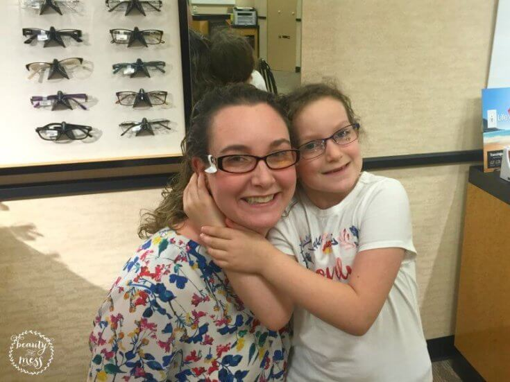 jcp-optical-trying-on-glasses-together