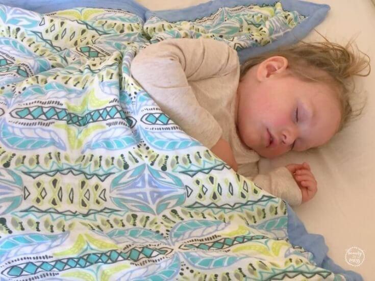 aa-dream-blanket-nap-diapers-com