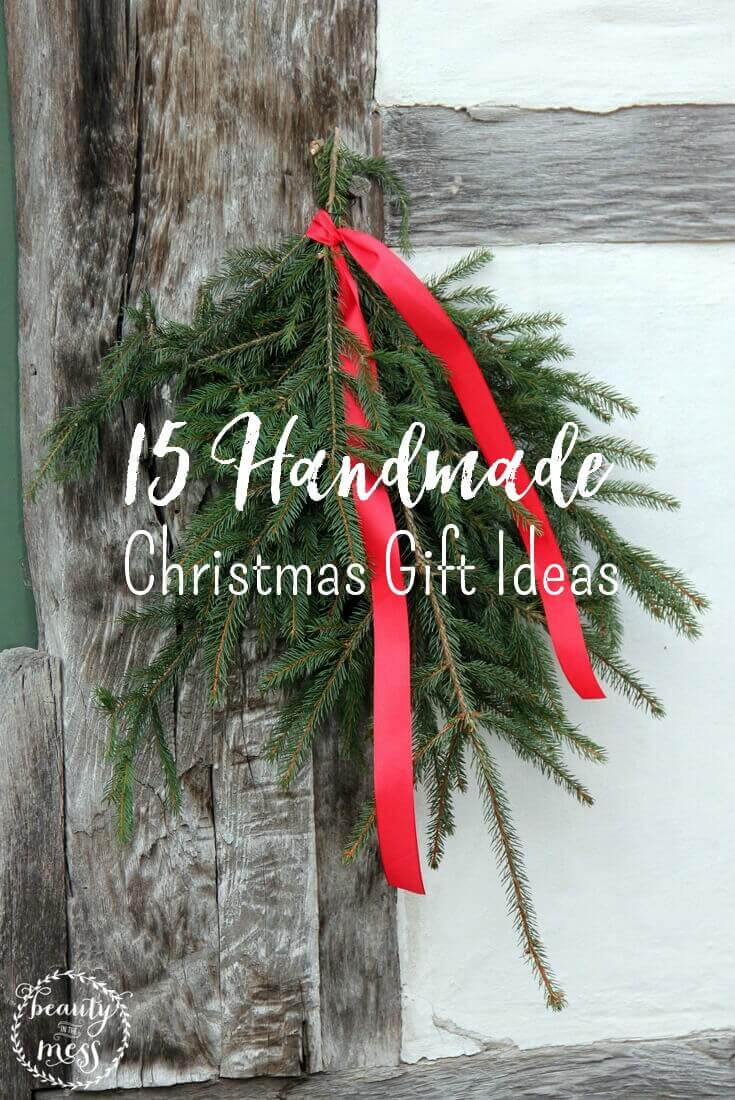 You don't have to spend a lot of money on memorable Christmas gifts. Here are 15 handmade gift ideas to keep you on a budget! + printable via @simplifyingfamily