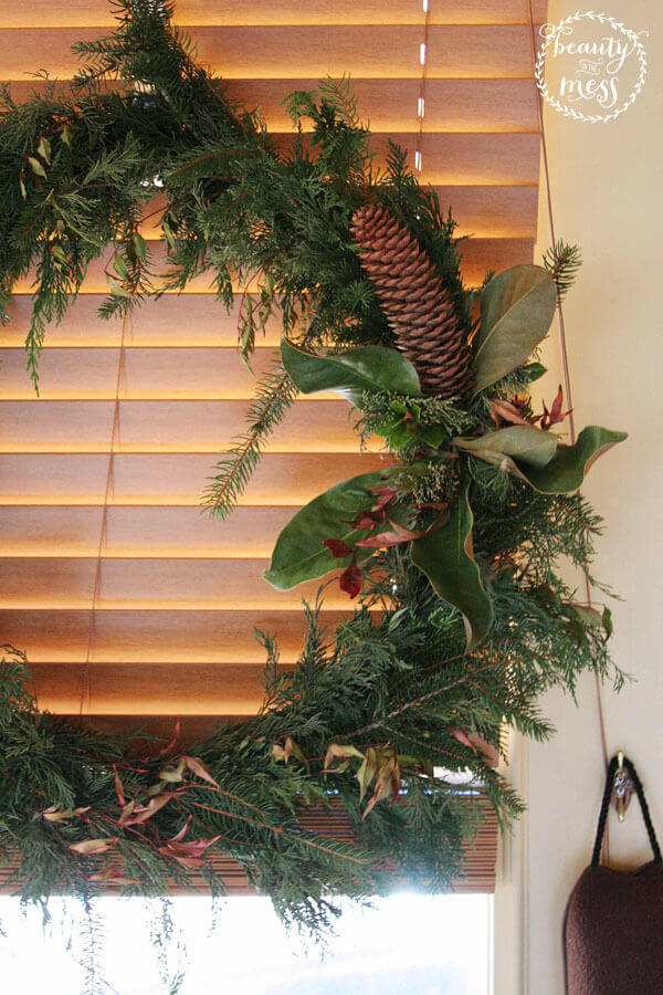 img-2-cozy-christmas-wreath-craftivity-designs-1