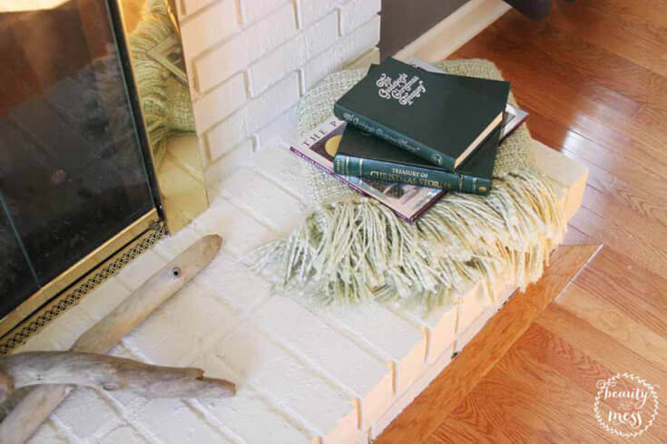 img-3-cozy-christmas-books-craftivity-designs-1
