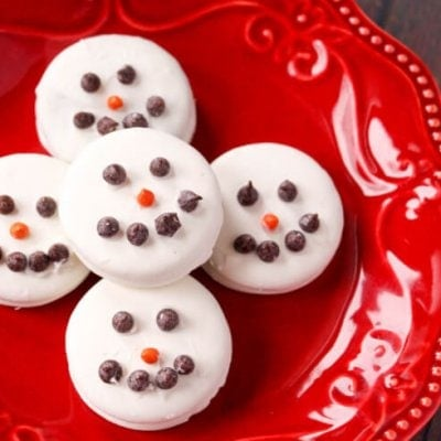 Chocolate Covered OREO Snowmen Cookie Treats Everyone will Love