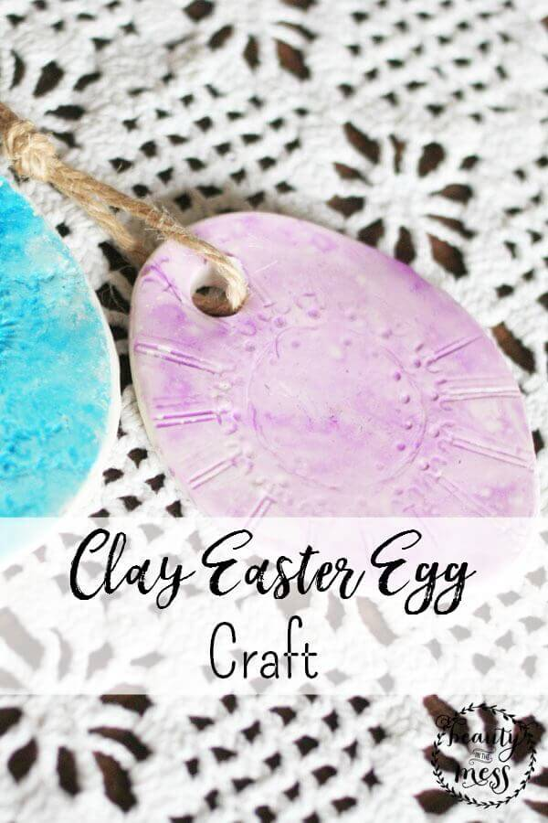 With sculpting clay, everyday objects, and watercolor paints, your kids can create unique clay Easter eggs that are truly works of art. via @simplifyingfamily