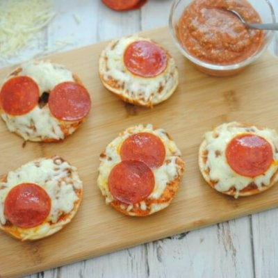 Pizza Bagels with Homemade Pizza Sauce