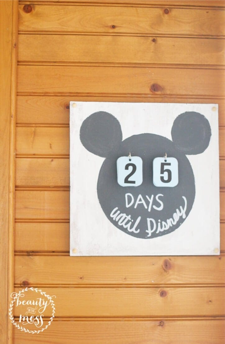 Headed to Disney? Kick off the anticipation with a super easy DIY Disney Countdown Calendar. #disneycountdown #disneyvacationtips #disneyvacationplanning