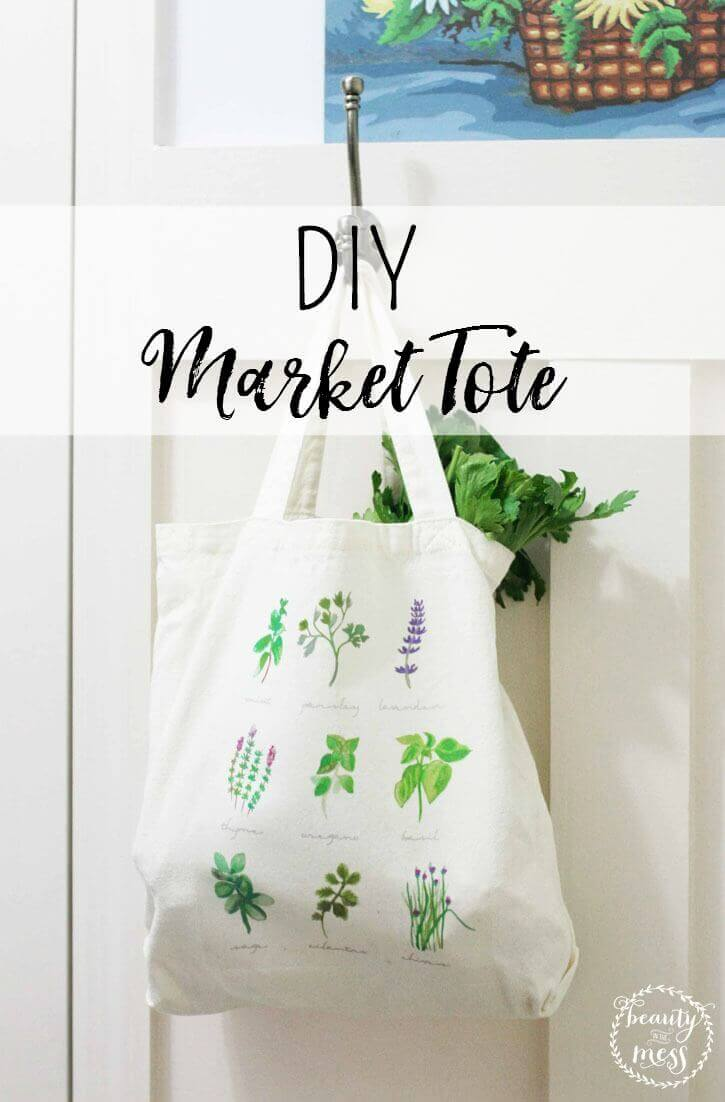Make a lovely DIY market tote to fill up with all your goodies.  Show off your handmade tote while you shop at the farmer's market! via @simplifyingfamily