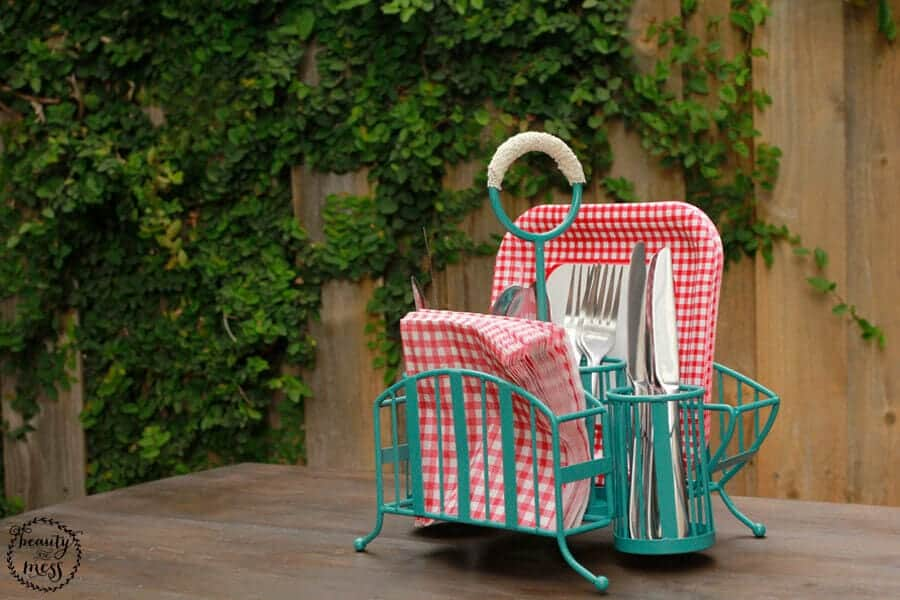 Vintage-Inspired Outdoor Cutlery Caddy Makeover Tutorial