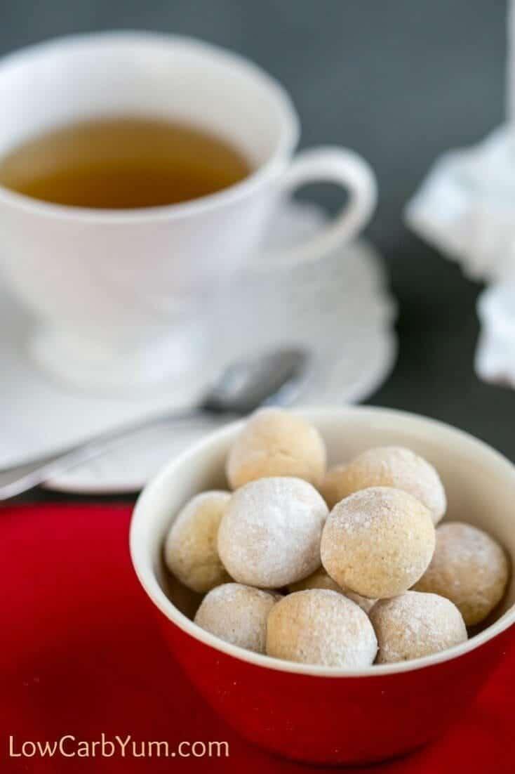 gluten-free-italian-almond-macaroons