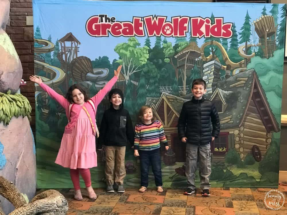 5 Things you need to know about staying at Great Wolf Lodge Colorado Springs with kids.