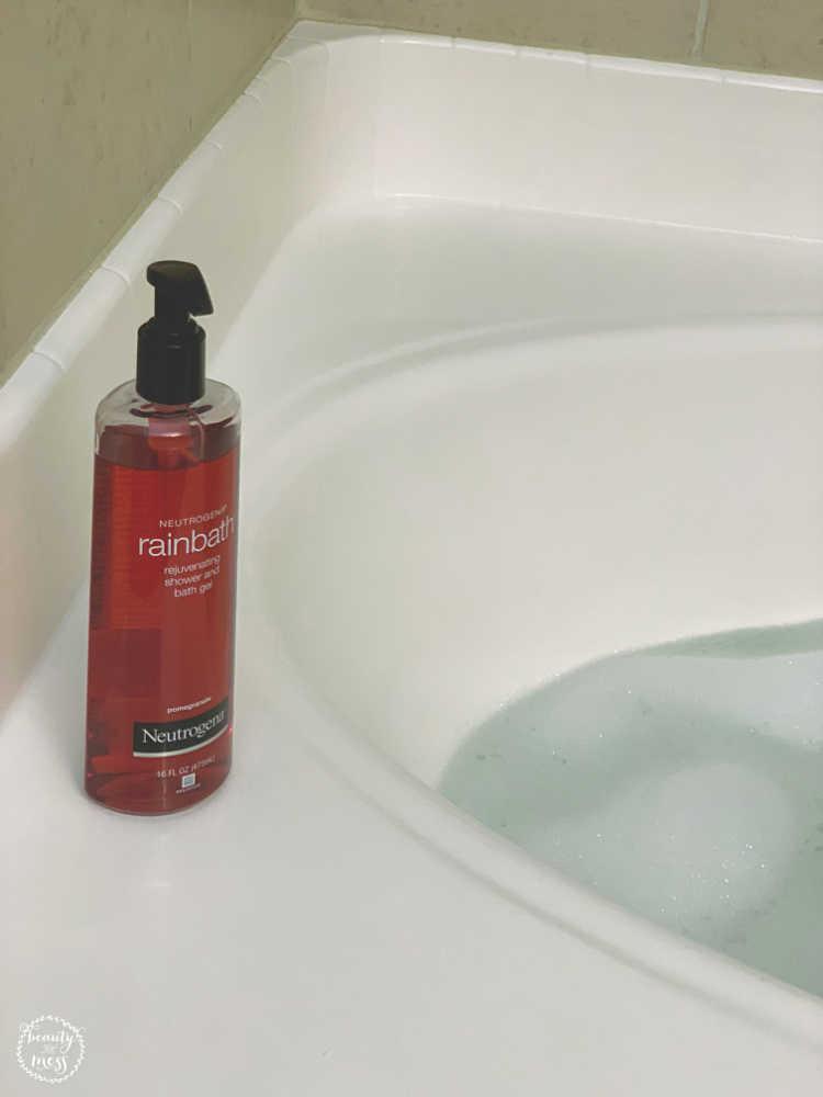 Bubble Bath with Neutrogena Rainbath