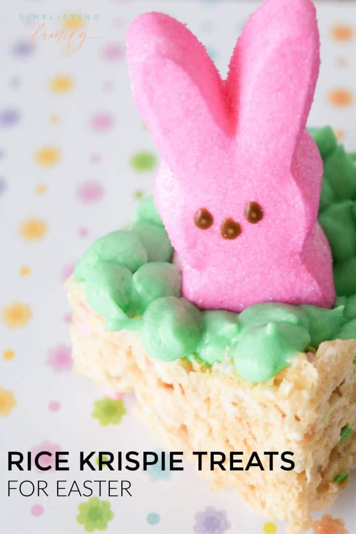 Get your kids in the kitchen to help make these adorable #eastertreats. Whether you are looking for an Easter treat for an Easter Egg Hunt, a friend gathering, Easter Brunch, or just because they are super cute, you will love these Easter Bunny Rice Krispies Treats. #easterricekrispiestreats #ricekrispies #snacks #easter via @simplifyingfamily