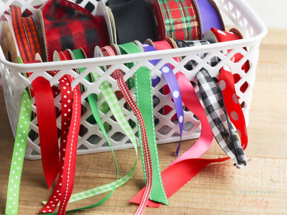 how to organize ribbon in a basket
