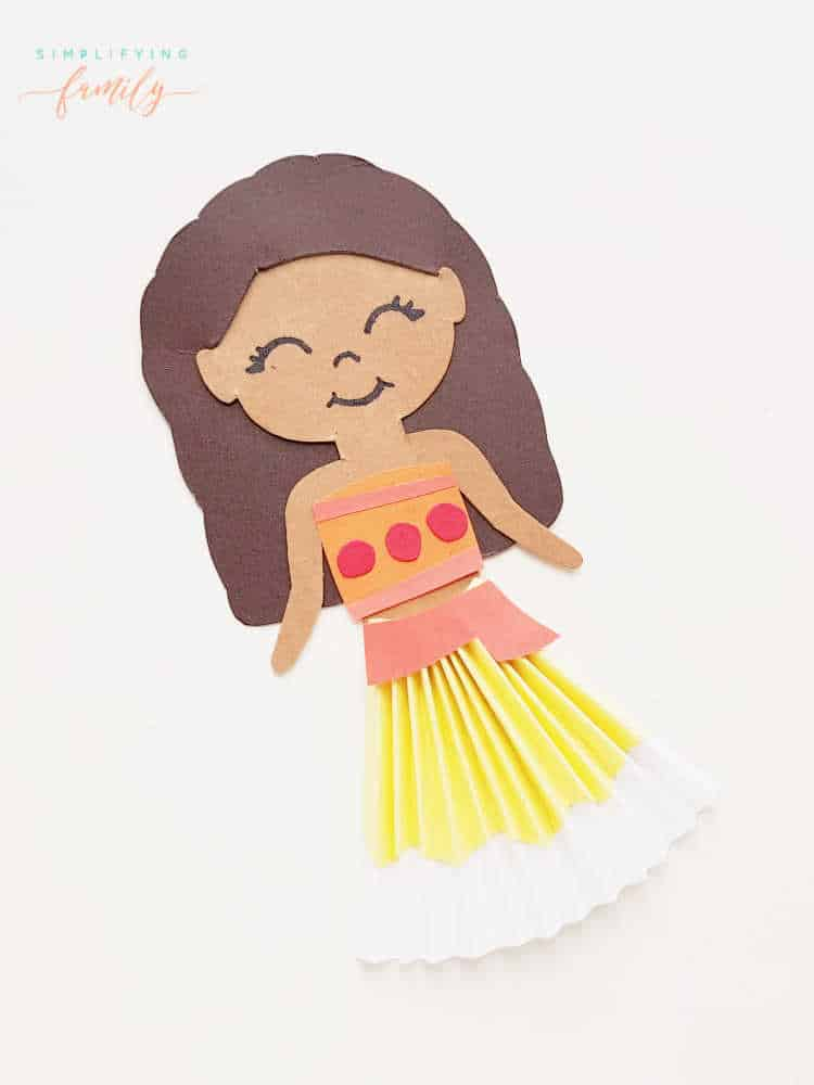 Moana Paper Doll Craft with construction paper