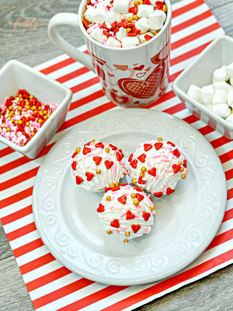 how to make hot cocoa bombs for Valentine's Day