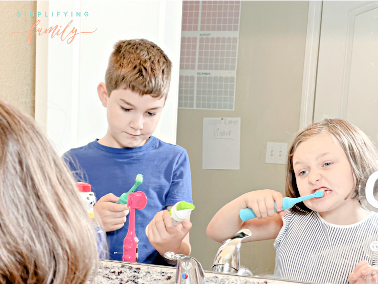 Firefly Toothbrushes and Dr Grace Yum (1)